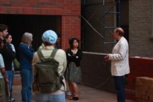 Petr explains El Jardin's construction